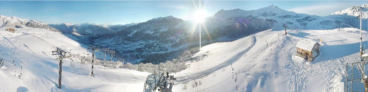 Valmorel 27 12 13 Lever de soleil Webcam lanchettes 9h18